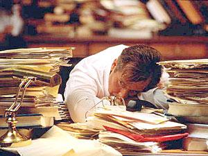 Выполнение работы по делопроизводству предъявляет разнообразные требования к особенностям психики, личности работника.