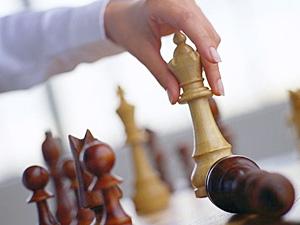 Управление проектом как правило требует привлечения специалистов из самых разных областей.