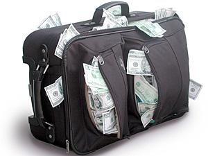 В 18 веке в Швеции использовались медные деньги весом около 20 киллограммов.