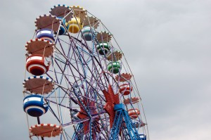 Ferris-wheel-in-an-amusment-park