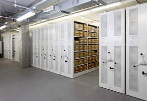 Archive_shelving_Hull_History_Centre_01